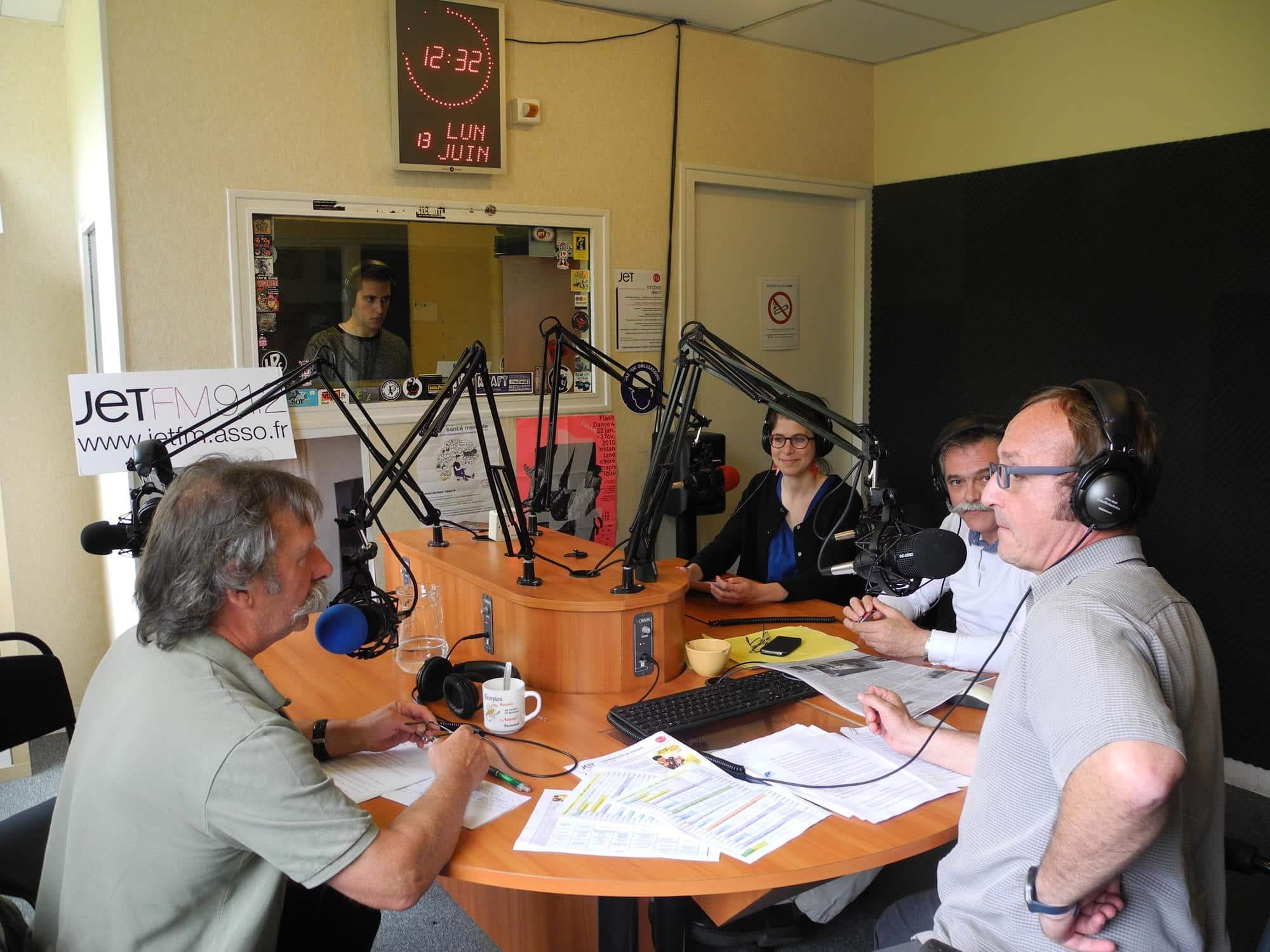 L'émission du midi à Jet FM.