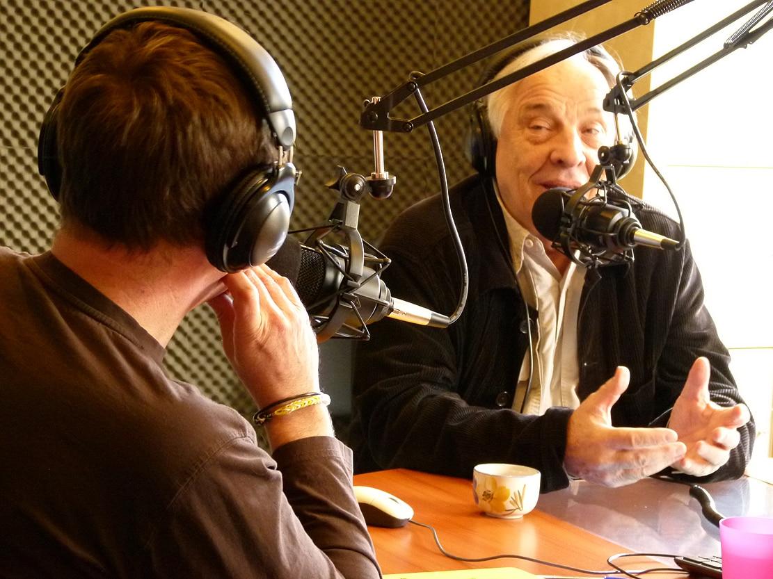 Daniel Mermet au micro de Jet et Fragil.