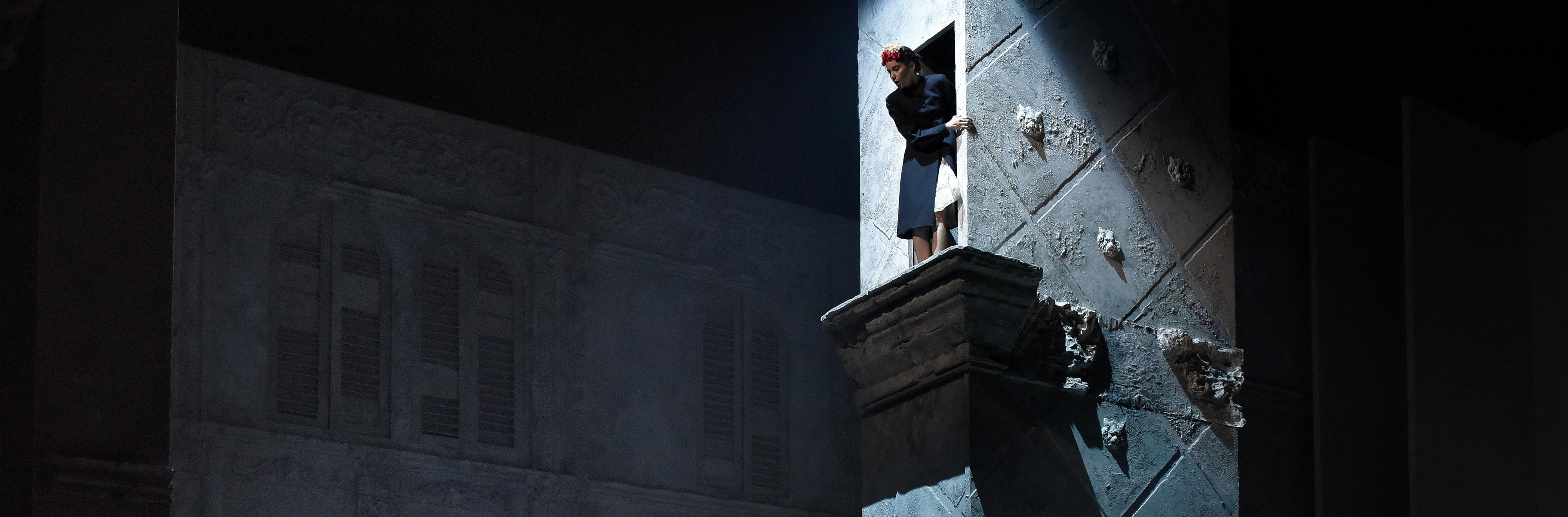 ROMEO ET JULIETTE - De William SHAKESPEARE - Mise en scene d Eric RUF - Choregraphie : Glyslein LEFEVER - Le 24 11 2015 - A la salle Richelieu de la Comedie Francaise - Photo : Vincent PONTET